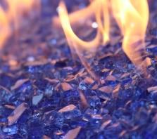 colbalt-flame-classic-fire-glass-fire-boulder-fire-pit-fireglass-fireplace-quarter-inch