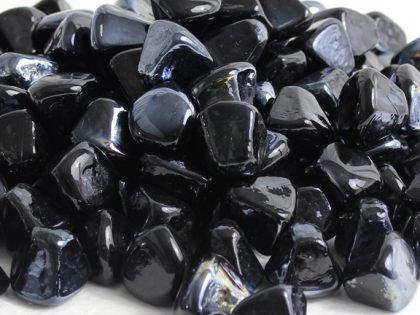 black-diamond-luster-zircon-glass-fire-boulder-fire-pit-fireglass-fireplace