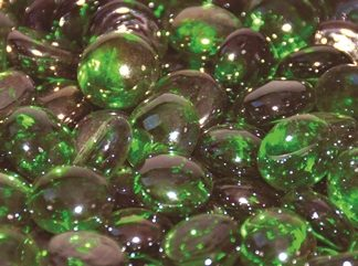 emerald-green-luster-firebeads-glass-fire-boulder-fire-pit-fireglass-fireplace