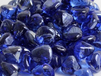 midnight-blue-luster-zircon-glass-fire-boulder-fire-pit-fireglass-fireplace