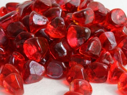 ruby-red-luster-zircon-glass-fire-boulder-fire-pit-fireglass-fireplace