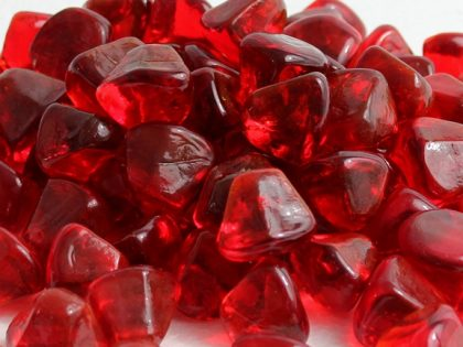 ruby-red-zircon-glass-fire-boulder-fire-pit-fireglass-fireplace