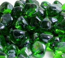 shamrock-green-luster-zircon-glass-fire-boulder-fire-pit-fireglass-fireplace