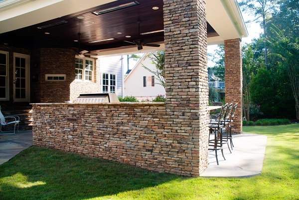 Hickory-Ridge-tennessee-fieldstone-stacked-wall-fireboulder-natural-building-stone-dfireboulder-stone