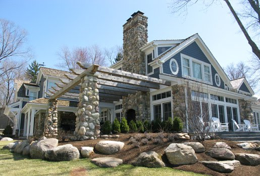 indiana-granite-boulder-veneer-building-stone-cobbles-indiana-fieldstone-fireboulder-natural-building-stone-custom-home