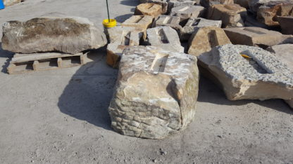 970aSL-small-linear-fireboulder-natural-stone-fire-pits-fire-feature-