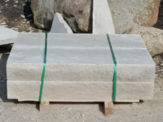 fireboulder_indiana_limestone_5ft_steps_gray_limestone_natural_stone_4ft-step_sawn_top_bottom_snapped_4_sides_1