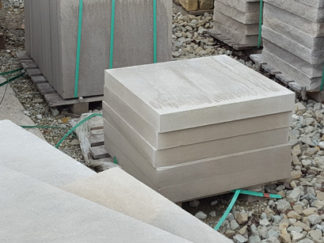 fireboulder_indiana_limestone_pillar_caps_24x24_gray_limestone_natural_stone_sawn-smooth-1