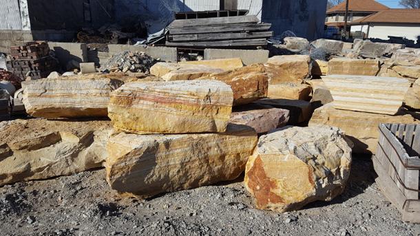 In Rock Farm 20 30 Stacker Or Bench Boulders