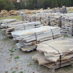 tennessee-quarry-blue-sandstone-flagstone--mega-slabs-gray-natural-stone-patio-walkway-7