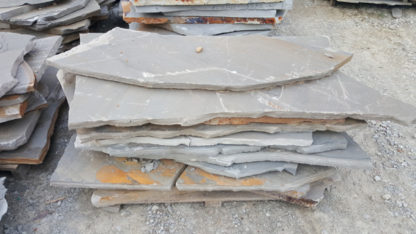 tennessee-quarry-blue-sandstone-flagstone-slabs-gray-natural-stone-patio-walkway-5
