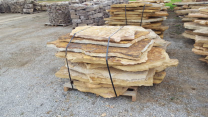 tennessee-quarry-brown-sandstone-flagstone--mega-slabs-tan-natural-stone-patio-walkway-3