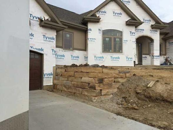 Tn Brown Retaining Wall Fireboulder Com Natural Stone