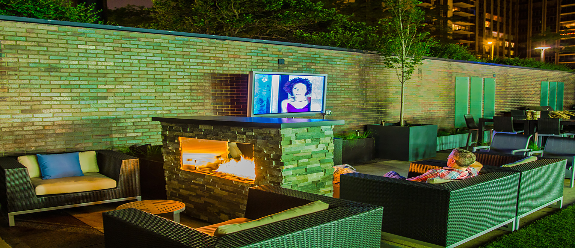 fire_pits_fireplace_inserts_roof_top_fire_pits_fireboulders_natural_stone_veneer
