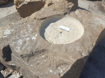 1018xl_fieboulder_fire_pit_natural_stone6