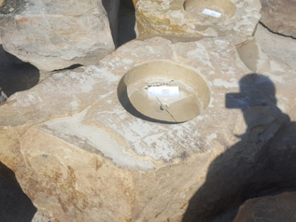 1026xl_fireboulder_fire_pit_natural_stone6