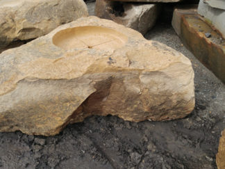 1029xl_fireboulder_fire_pit_natural_stone1