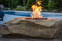 fireboulder-xl-fireboulder-fire-pit-natural-stone-firepits