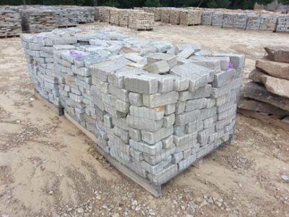 tennessee-blue-gray-tumbled-cobblestone-driveway-bricks-fireboulder-natural-stone-step-tn