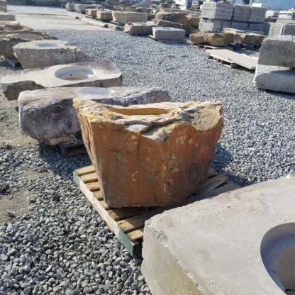 1171CXL XL Fireboulder Natural Stone Fire Pit