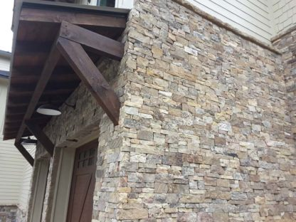 Tennessee-feilds-2-and-4-sawn-heights-natural-stone-fireboulder-custom-wall